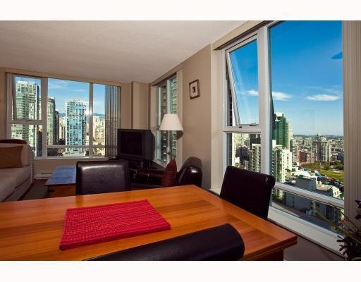 Photo 3: Photos: # 2208 550 PACIFIC ST in Vancouver: Condo for sale : MLS®# V782944
