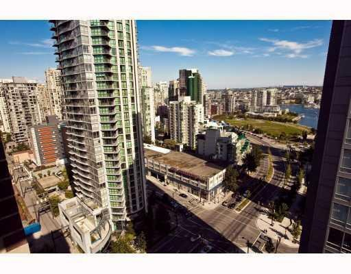 Photo 10: Photos: # 2208 550 PACIFIC ST in Vancouver: Condo for sale : MLS®# V782944