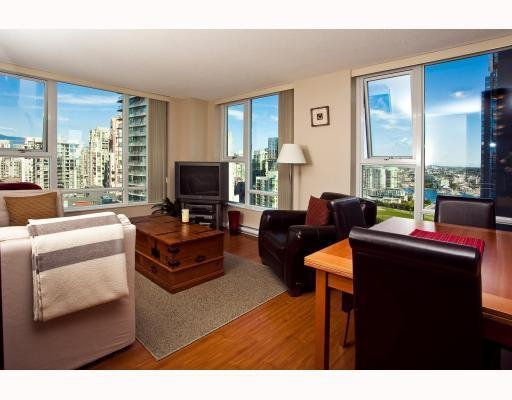 Photo 2: Photos: # 2208 550 PACIFIC ST in Vancouver: Condo for sale : MLS®# V782944