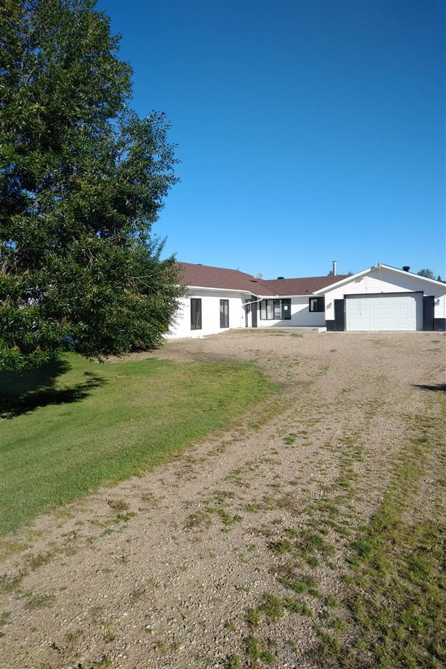 Main Photo: 109 52508 Range Road 21: Rural Parkland County House for sale : MLS®# E4213696