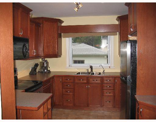Photo 5: Photos: 687 WATERLOO Street in WINNIPEG: River Heights / Tuxedo / Linden Woods Single Family Detached for sale (South Winnipeg)  : MLS®# 2710072