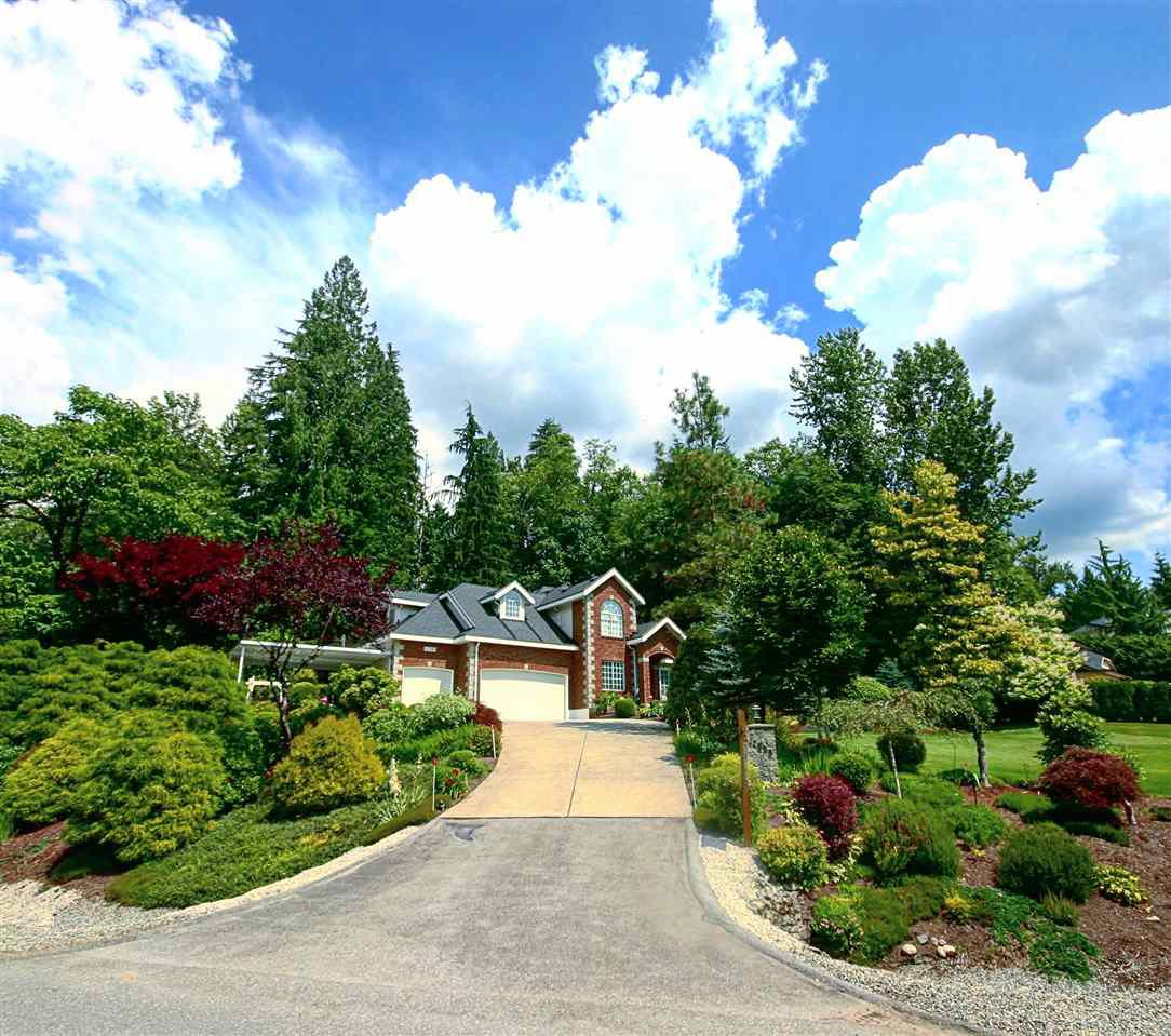 """Photo 3: Photos: 12580 261 Street in Maple Ridge: Websters Corners House for sale in """"WHISPERING FALLS"""" : MLS®# R2388798"""