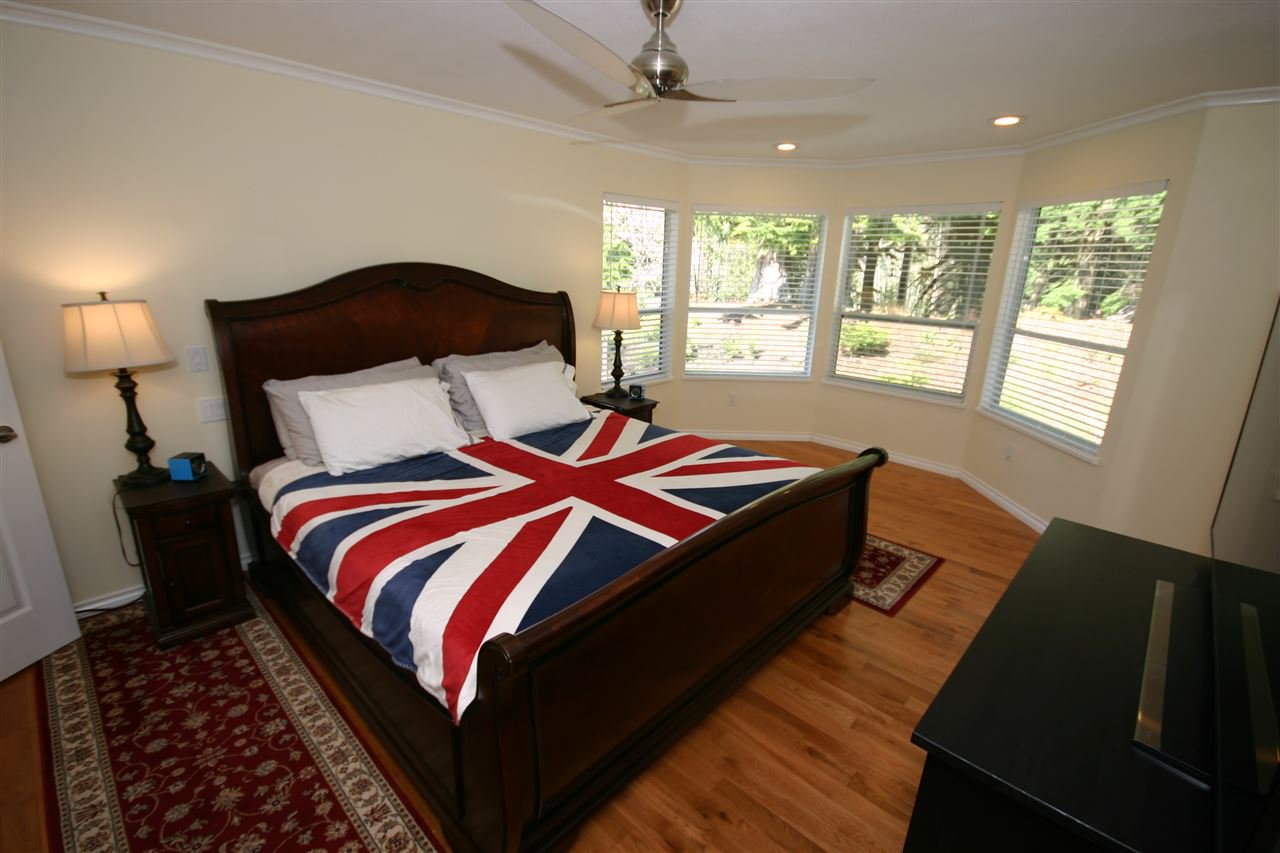"""Photo 15: Photos: 12580 261 Street in Maple Ridge: Websters Corners House for sale in """"WHISPERING FALLS"""" : MLS®# R2388798"""