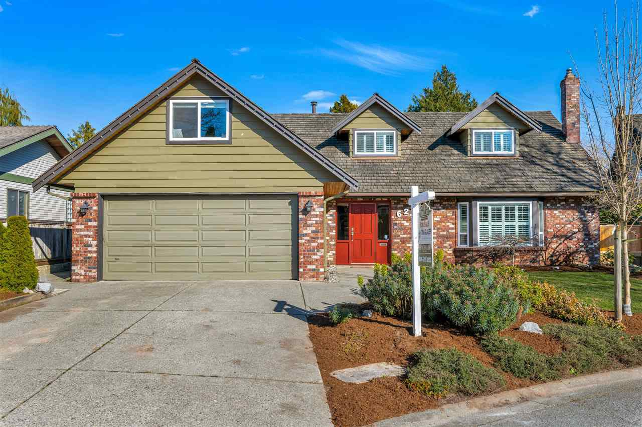 """Main Photo: 624 BLUEGROUSE Place in Delta: Tsawwassen East House for sale in """"FOREST BY THE BAY"""" (Tsawwassen)  : MLS®# R2446219"""