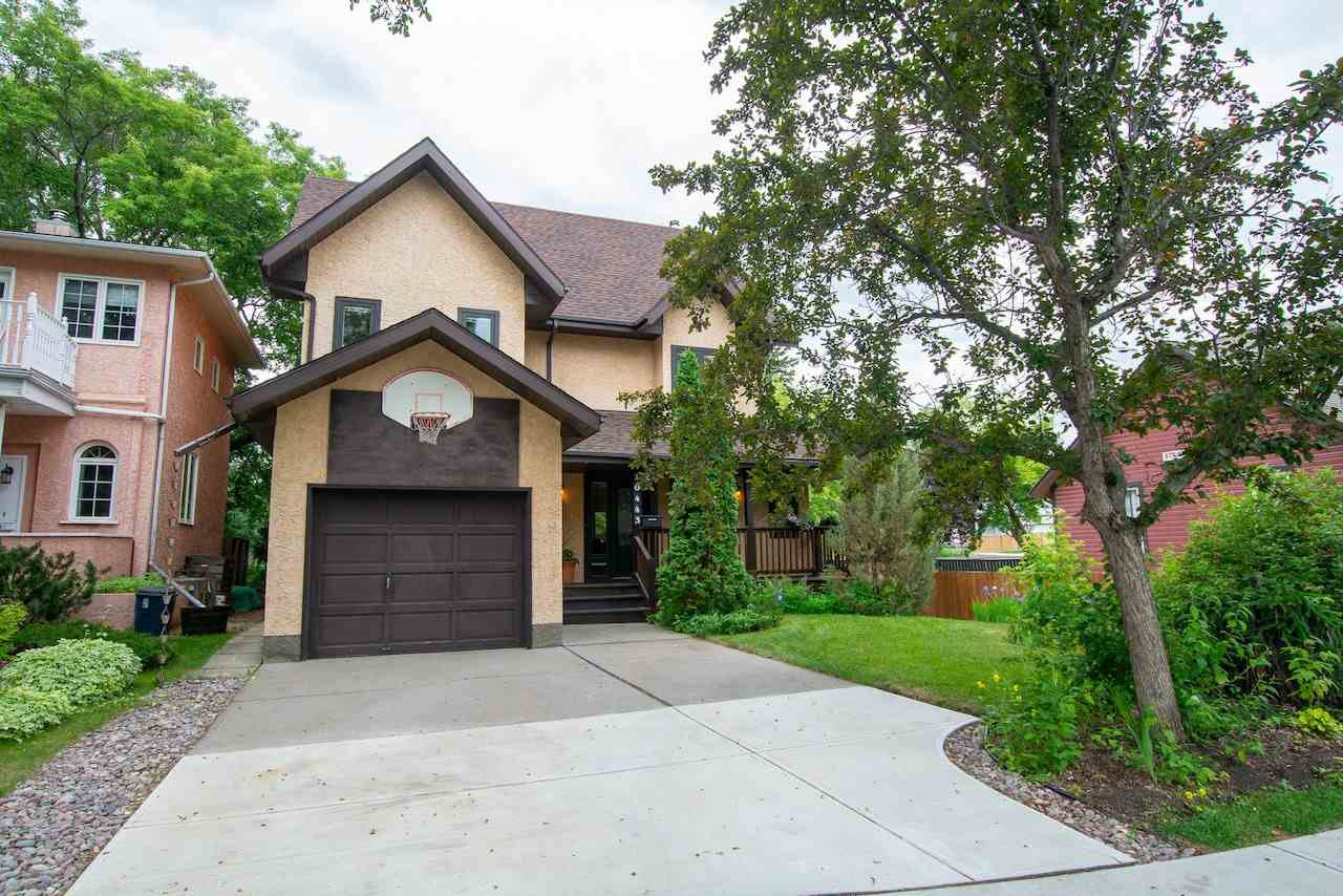 Main Photo: 10443 86 Avenue in Edmonton: Zone 15 House for sale : MLS®# E4203769