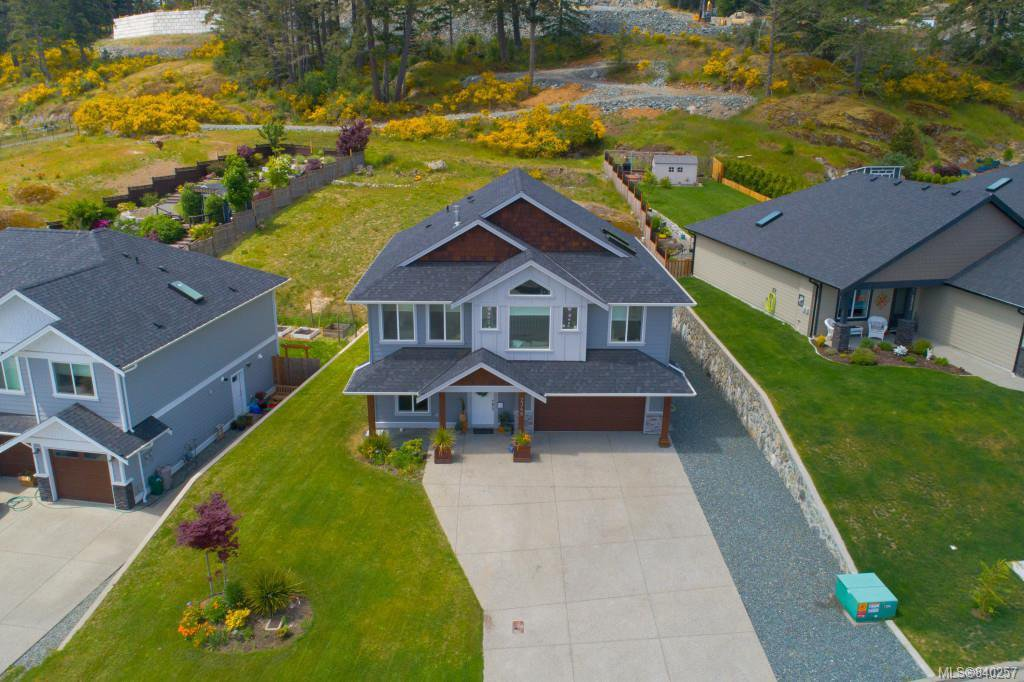 Main Photo: 2348 Mountain Heights Dr in Sooke: Sk Broomhill House for sale : MLS®# 840257
