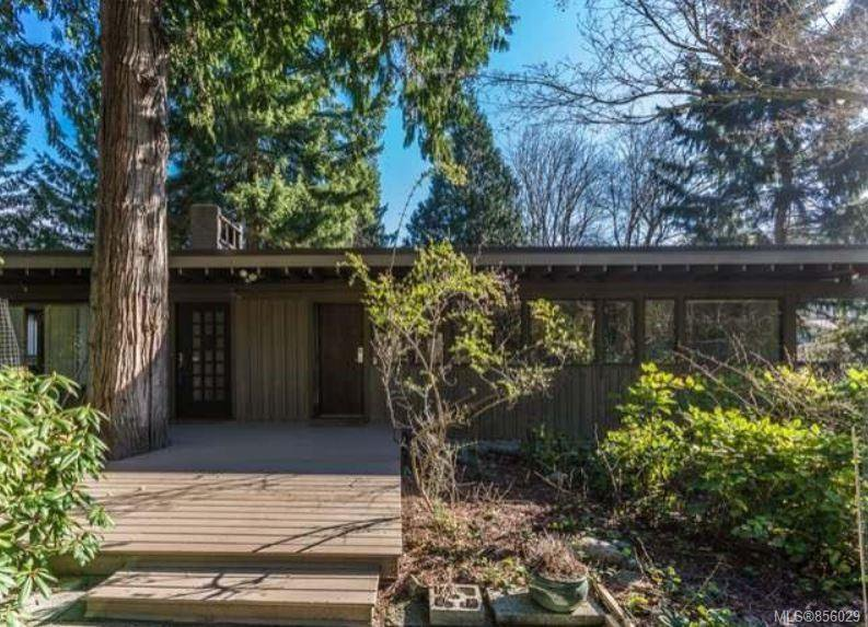 Main Photo: 3522 Stephenson Point Rd in : Na Hammond Bay House for sale (Nanaimo)  : MLS®# 856029