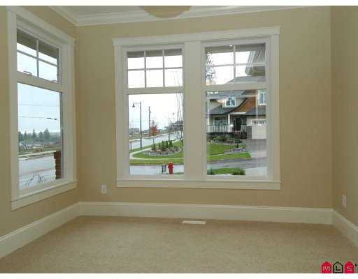 "Photo 5: Photos: 16571 BELL Road in Surrey: Cloverdale BC House for sale in ""Bell Ridge Estates"" (Cloverdale)  : MLS®# F2722287"