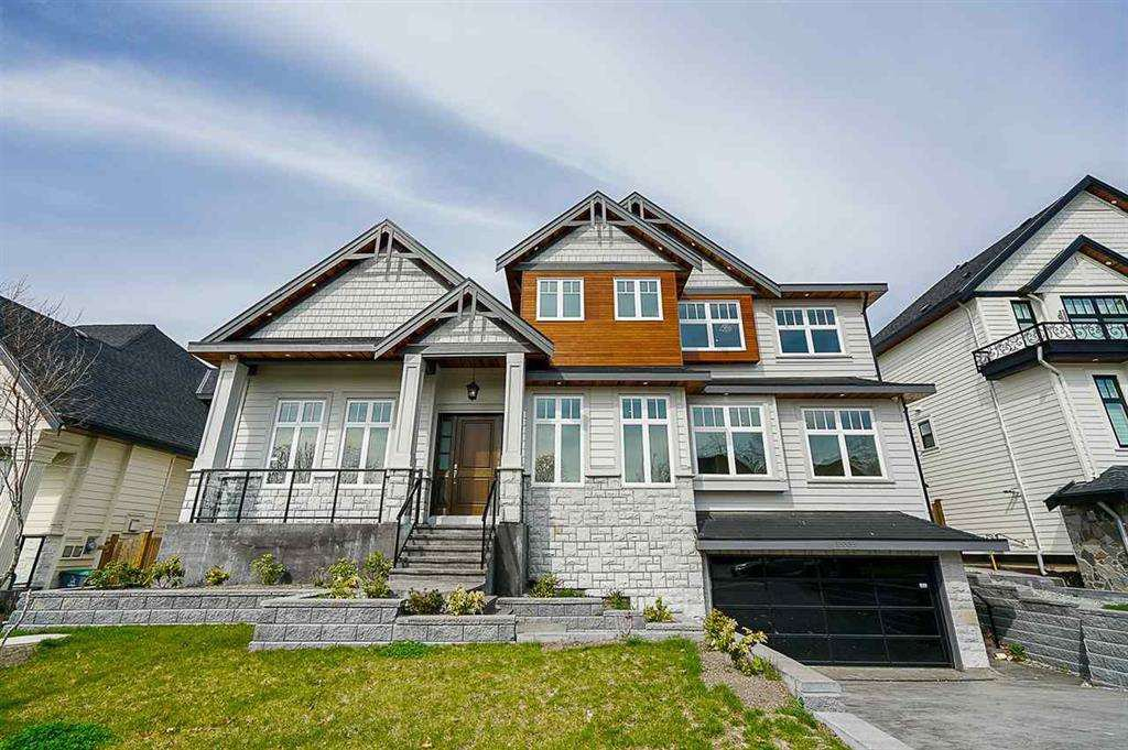 Main Photo: 15535 76A Avenue in Surrey: Fleetwood Tynehead House for sale : MLS®# R2395961