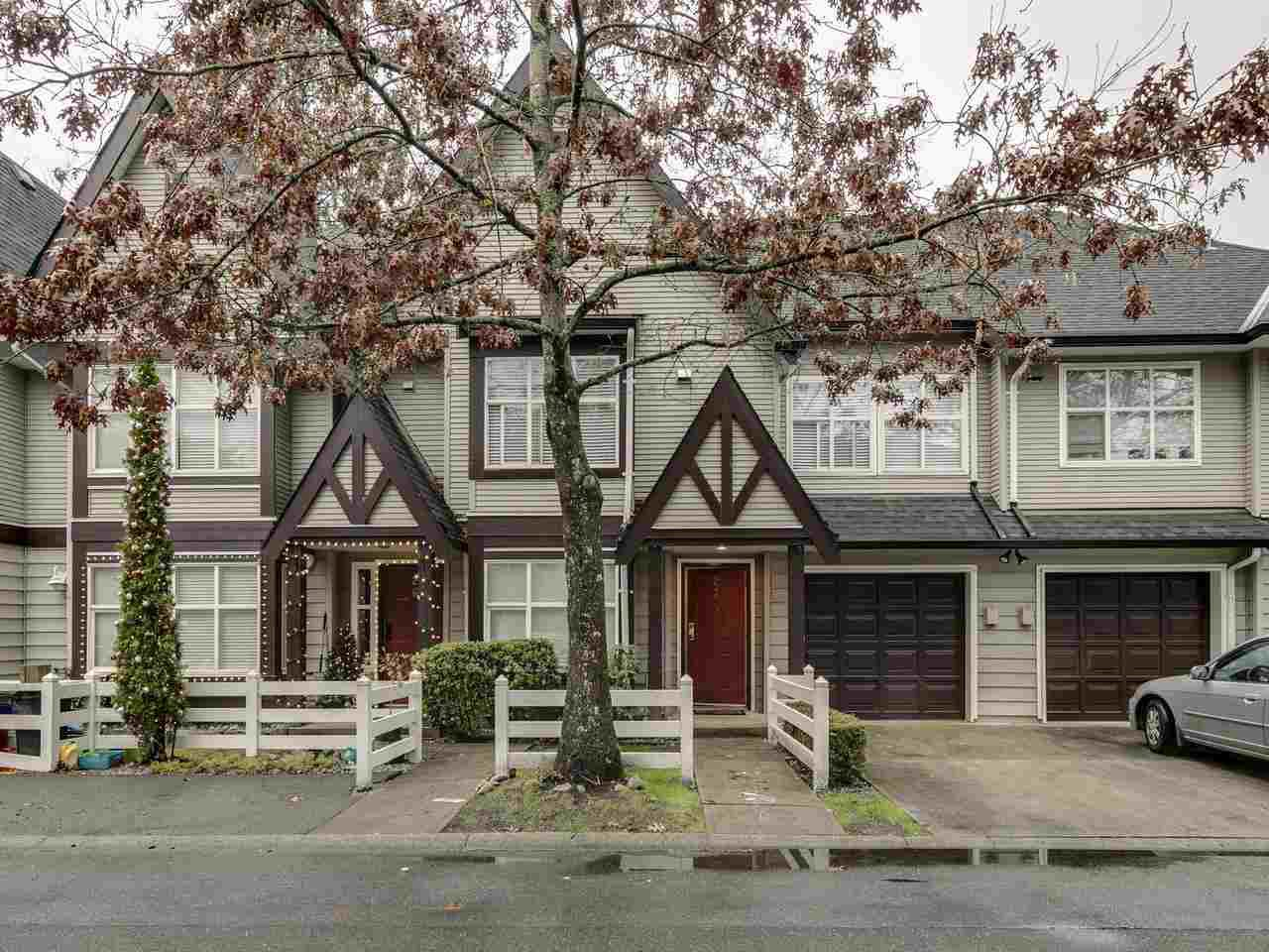 "Main Photo: 27 11757 236 Street in Maple Ridge: Cottonwood MR Townhouse for sale in ""Galiano"" : MLS®# R2425127"