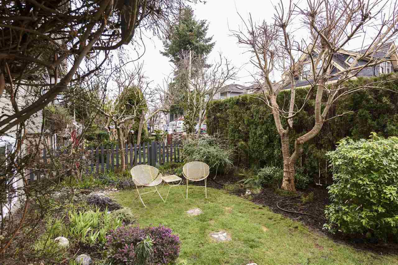 Photo 18: Photos: 125 E 22ND AVENUE in Vancouver: Main House for sale (Vancouver East)  : MLS®# R2436701