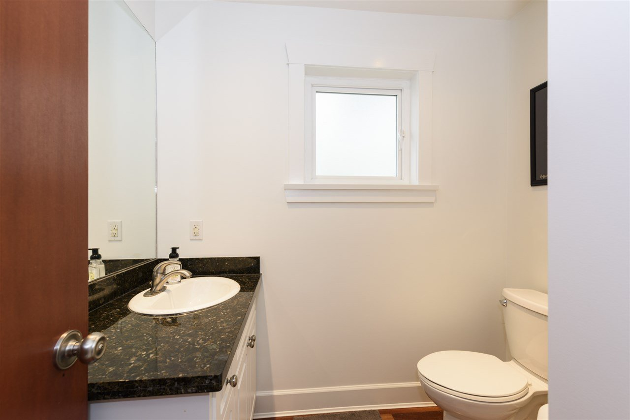 Photo 14: Photos: 125 E 22ND AVENUE in Vancouver: Main House for sale (Vancouver East)  : MLS®# R2436701