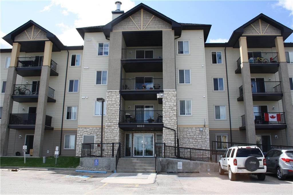 Main Photo: 6109 304 MACKENZIE Way SW: Airdrie Apartment for sale : MLS®# C4293659