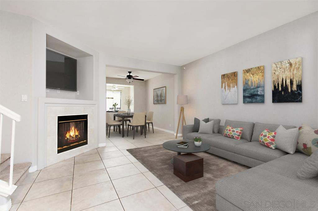 Main Photo: MISSION VALLEY Townhome for sale : 3 bedrooms : 946 Camino de la Reina #15 in San Diego