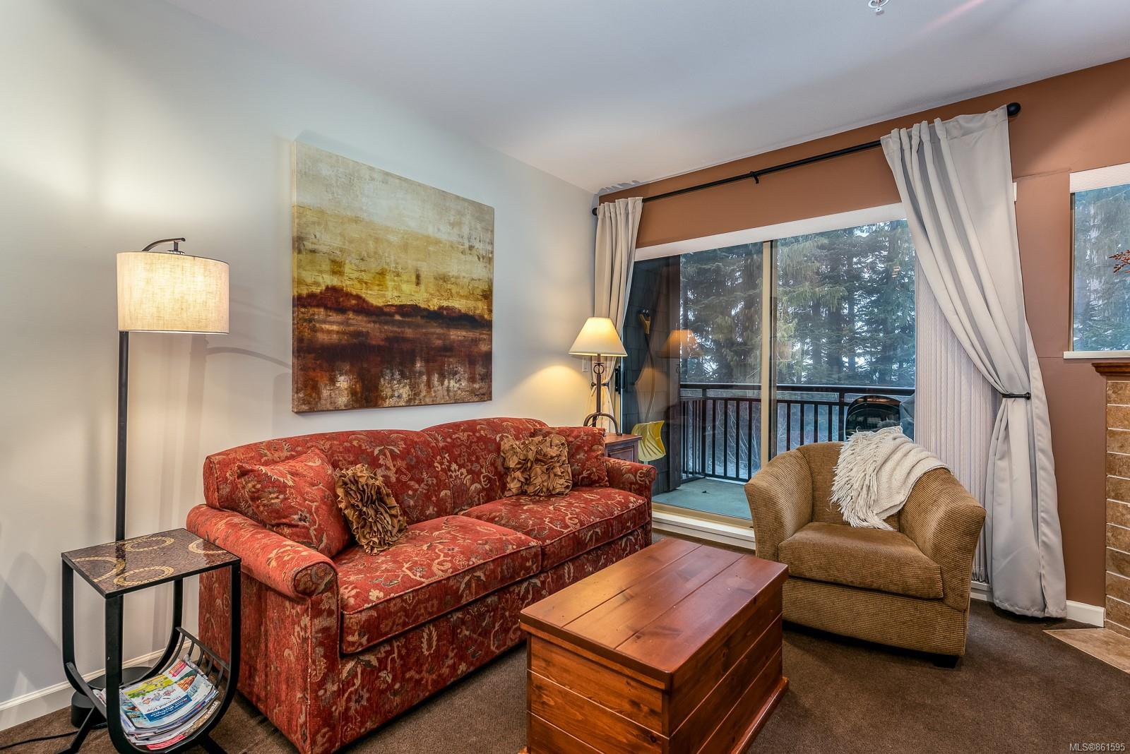 Main Photo: 310 1280 Alpine Rd in : CV Mt Washington Condo for sale (Comox Valley)  : MLS®# 861595