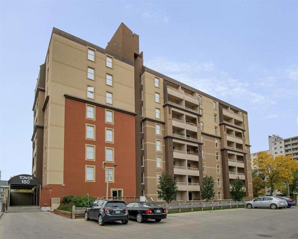 Main Photo: 106 180 Beliveau Road in Winnipeg: St Vital Condominium for sale (2D)  : MLS®# 202100238