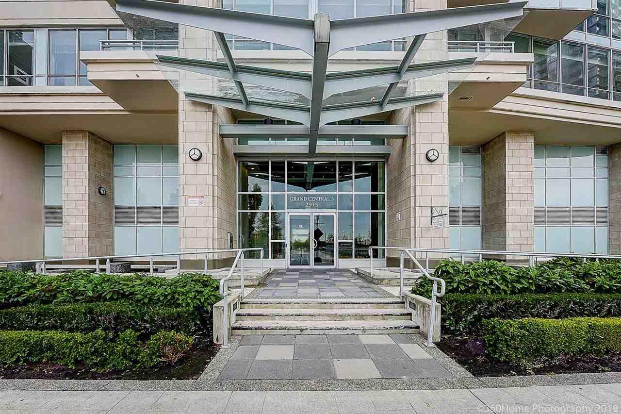 Main Photo: 805 2975 ATLANTIC Avenue in Coquitlam: North Coquitlam Condo for sale : MLS®# R2398725