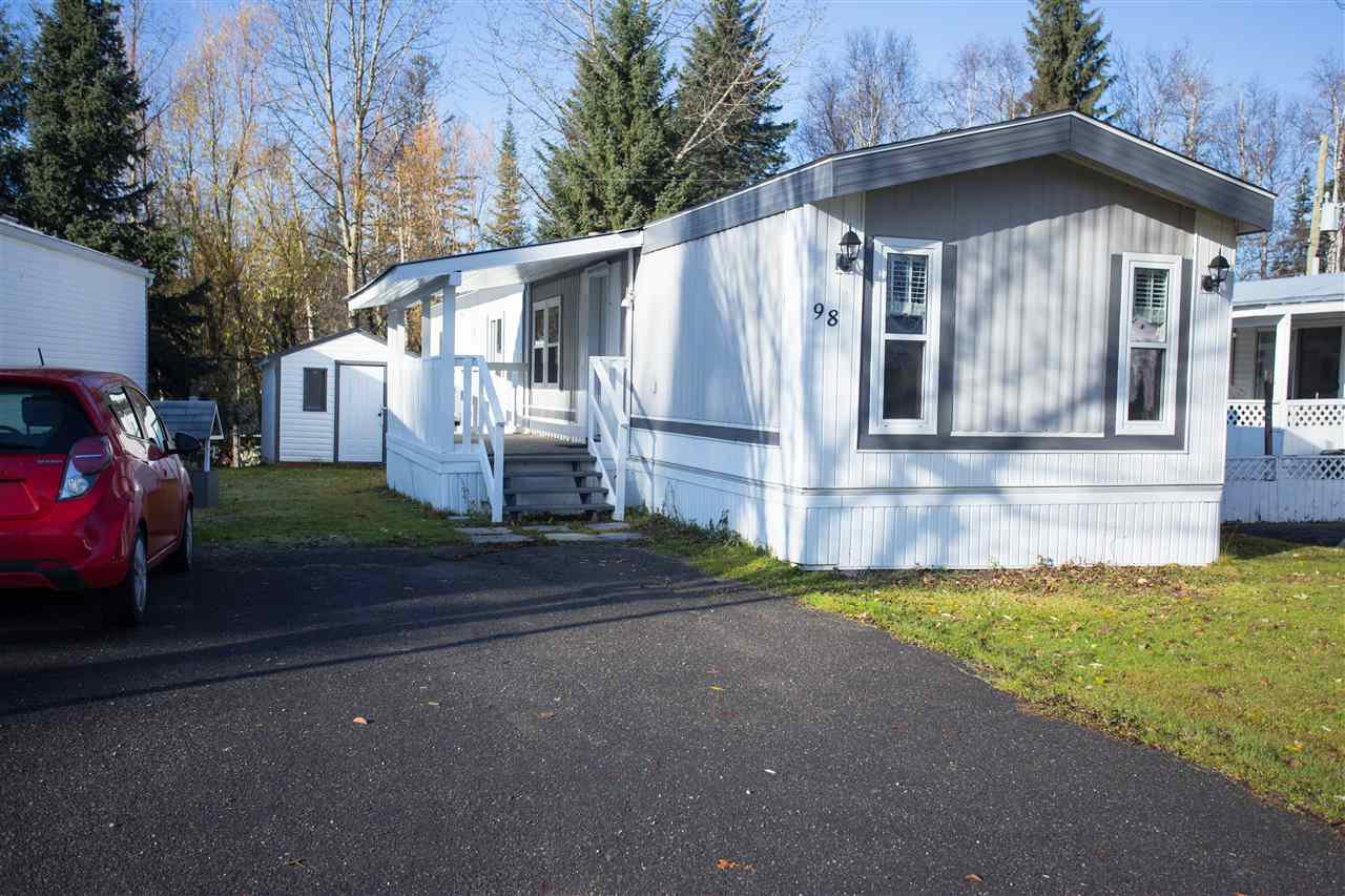 "Main Photo: 98 1000 INVERNESS Road in Prince George: Aberdeen PG Manufactured Home for sale in ""Inverness"" (PG City North (Zone 73))  : MLS®# R2416006"