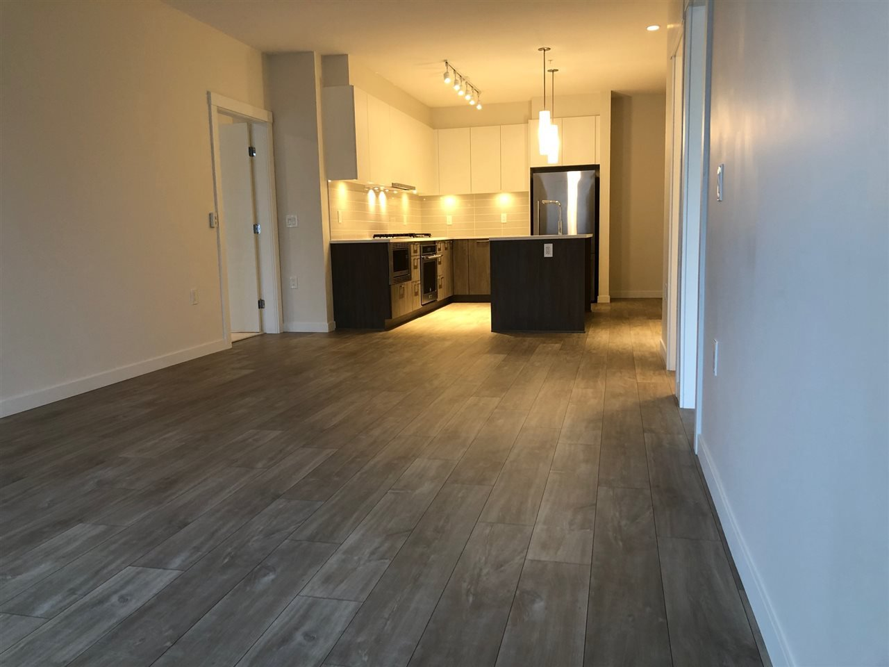 """Photo 4: Photos: 212 615 E 3RD Street in North Vancouver: Lower Lonsdale Condo for sale in """"KINDRED MOODYVILLE"""" : MLS®# R2421547"""