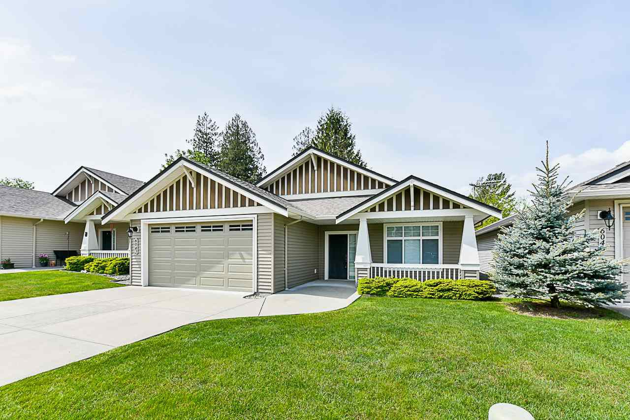 """Main Photo: 6042 HUNTER CREEK Crescent in Sardis: Sardis East Vedder Rd House for sale in """"Stoney Creek Ranch"""" : MLS®# R2428162"""
