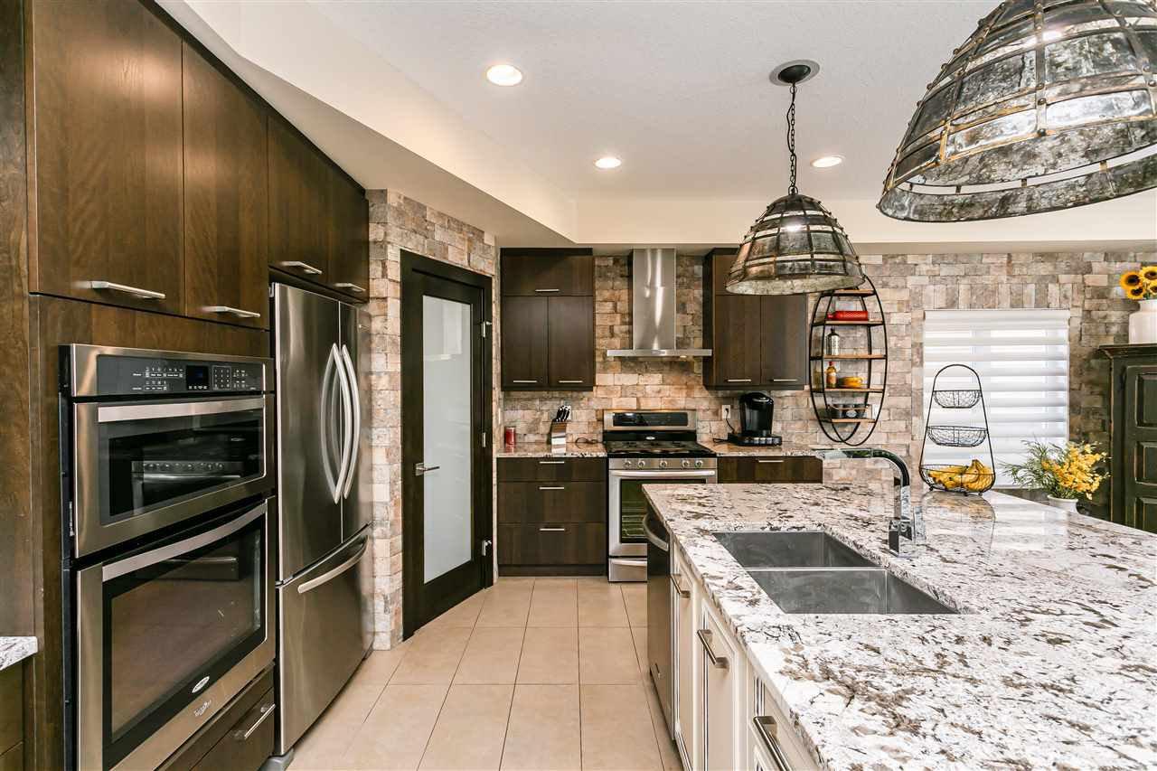 Main Photo: 1068 ARMITAGE Crescent in Edmonton: Zone 56 House for sale : MLS®# E4203260