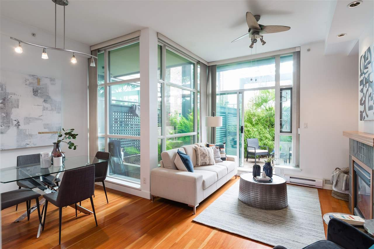 """Main Photo: 112 2515 ONTARIO Street in Vancouver: Mount Pleasant VW Condo for sale in """"ELEMENTS"""" (Vancouver West)  : MLS®# R2473031"""