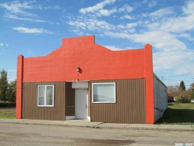Main Photo: 205 1st Avenue in Meacham: Commercial for sale : MLS®# SK829024
