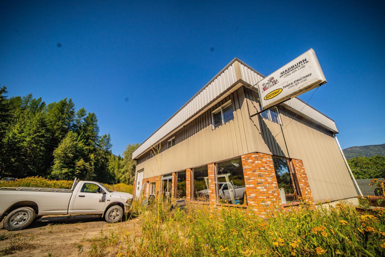 Main Photo: 2402 SILVER KING ROAD in Nelson: Retail for sale : MLS®# 2454204