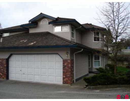 """Main Photo: 36060 LOWER SUMAS MTN Road in Abbotsford: Abbotsford East Townhouse for sale in """"Mountain View Village"""" : MLS®# F2707133"""