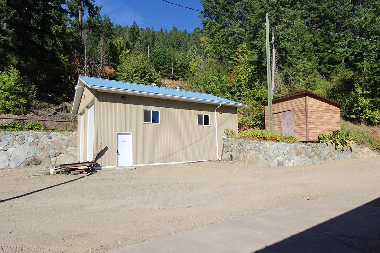 Photo 8: Photos: 2601 Rawson Road in Adams Lake: House for sale : MLS®# 10201928