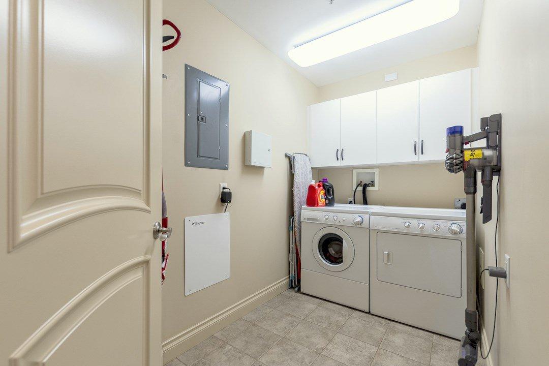 Photo 13: Photos: 407 8631 108 Street in Edmonton: Zone 15 Condo for sale : MLS®# E4182004