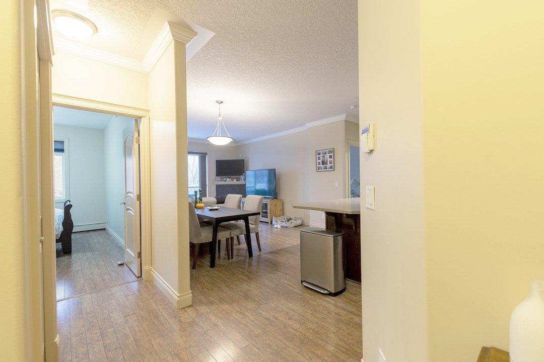 Photo 12: Photos: 407 8631 108 Street in Edmonton: Zone 15 Condo for sale : MLS®# E4182004