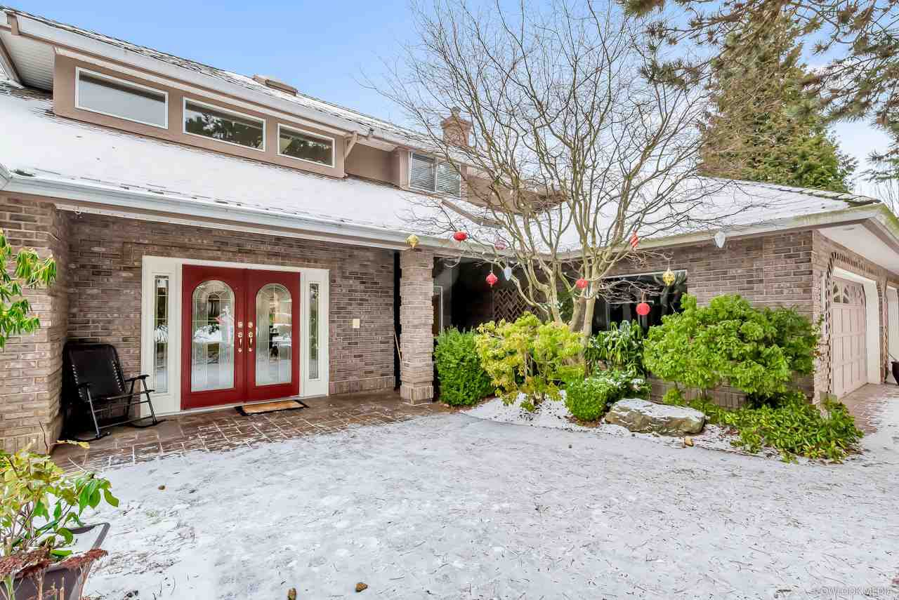 Main Photo: 14069 29A Avenue in Surrey: Elgin Chantrell House for sale (South Surrey White Rock)  : MLS®# R2426890