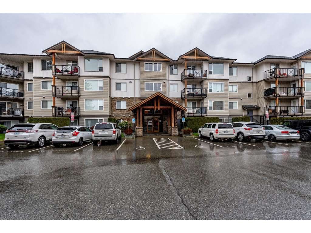 "Main Photo: 414 2955 DIAMOND Crescent in Abbotsford: Abbotsford West Condo for sale in ""Westwood"" : MLS®# R2438358"