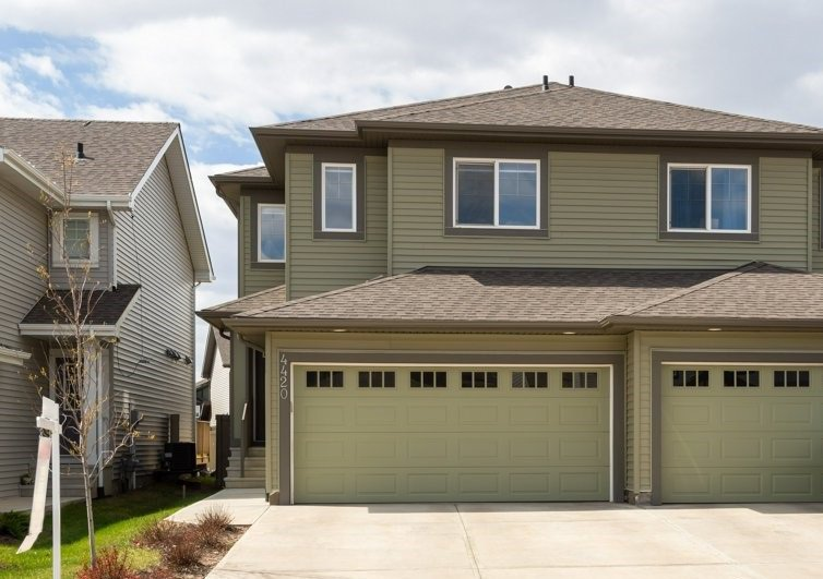 Main Photo: 4420 6 Street in Edmonton: Zone 30 House Half Duplex for sale : MLS®# E4197021