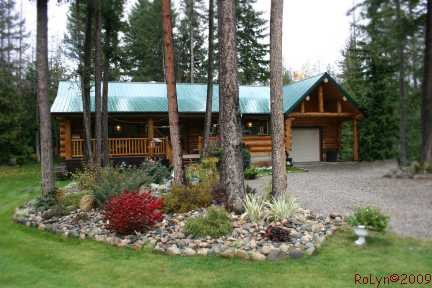 Main Photo: 1240 Morgan Drive: Scotch Creek Residential Detached for sale (North Shore, Shuswap Lake)  : MLS®# 9180045