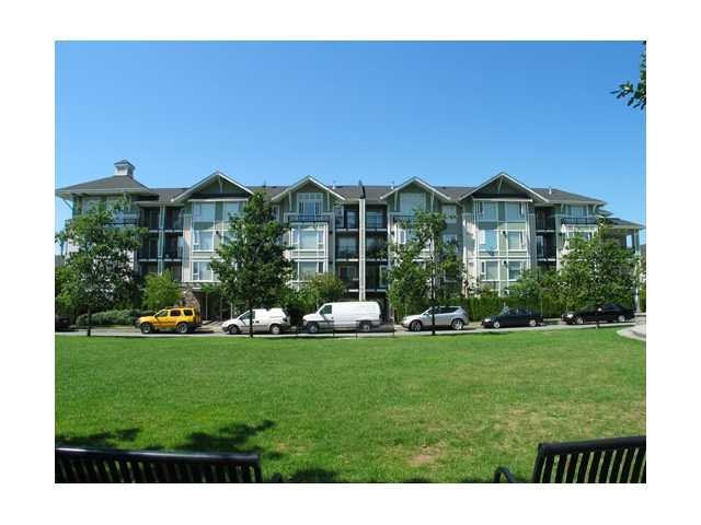 Main Photo: 111 7089 Mont Royal Square in Vancouver: Champlain Heights Condo for sale (Vancouver East)  : MLS®# V878584