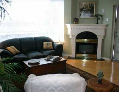 """Main Photo: 303 1688 CYPRESS ST in Vancouver: Kitsilano Condo for sale in """"YORKVILLE SOUTH"""" (Vancouver West)  : MLS®# V605658"""