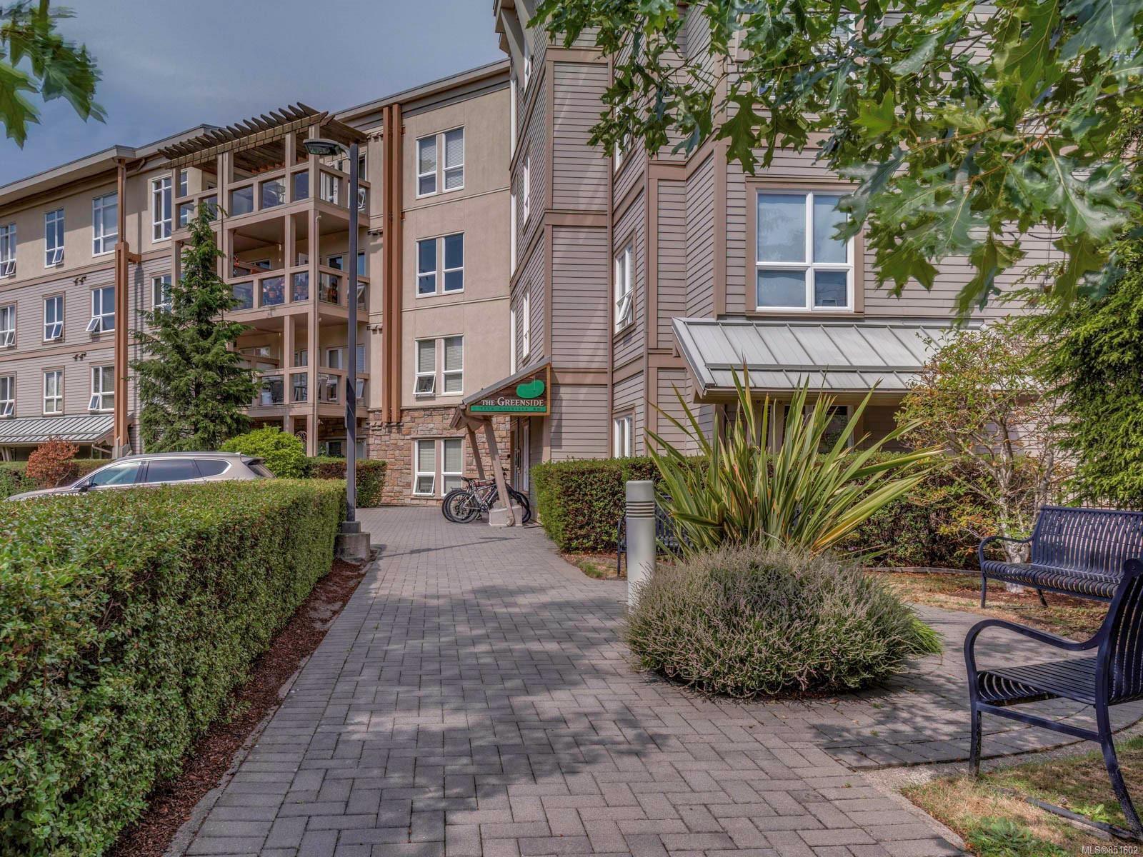 Main Photo: 109 1156 Colville Rd in : Es Gorge Vale Condo for sale (Esquimalt)  : MLS®# 851602