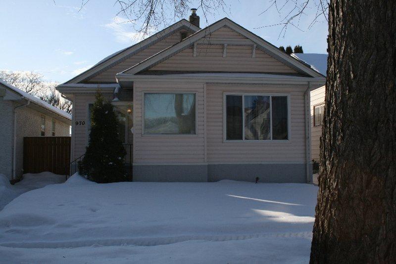 Main Photo: 970 Dominion St./West End in Winnipeg: West End / Wolseley Single Family Detached for sale (West Winnipeg)
