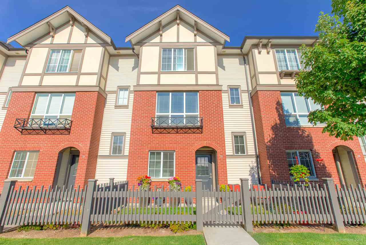 "Main Photo: 79 7848 209 Street in Langley: Willoughby Heights Townhouse for sale in ""MASON & GREEN"" : MLS®# R2435109"