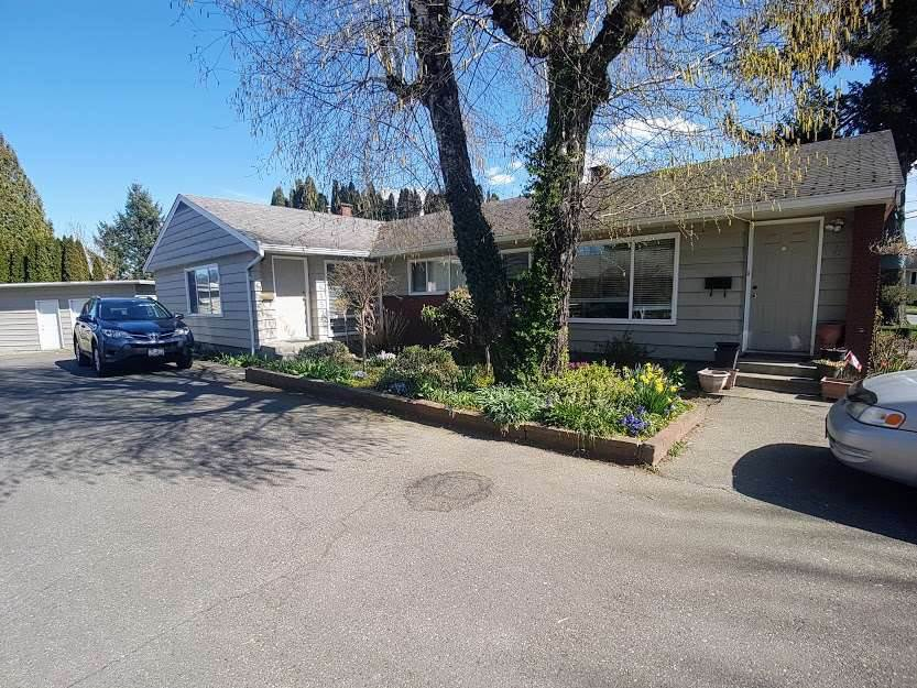 Main Photo: 1 46151 BROOKS Avenue in Chilliwack: Chilliwack E Young-Yale House 1/2 Duplex for sale : MLS®# R2463866