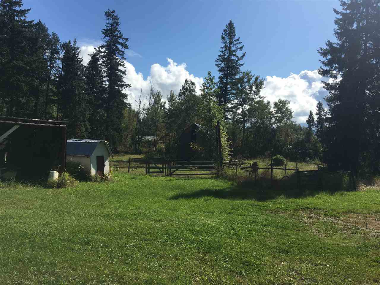 Photo 10: Photos: 4257 WHITECOTTON Road in Quesnel: Quesnel Rural - South Manufactured Home for sale (Quesnel (Zone 28))  : MLS®# R2479677