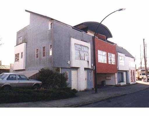 Main Photo: 1 11250 WARESLEY ST in Maple Ridge: Southwest Maple Ridge Townhouse for sale : MLS®# V563906