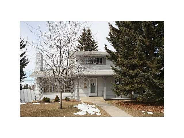 Main Photo: 915 LAKE CHRISTINA WY SE in CALGARY: Lake Bonavista House for sale (Calgary)  : MLS®# C3471195