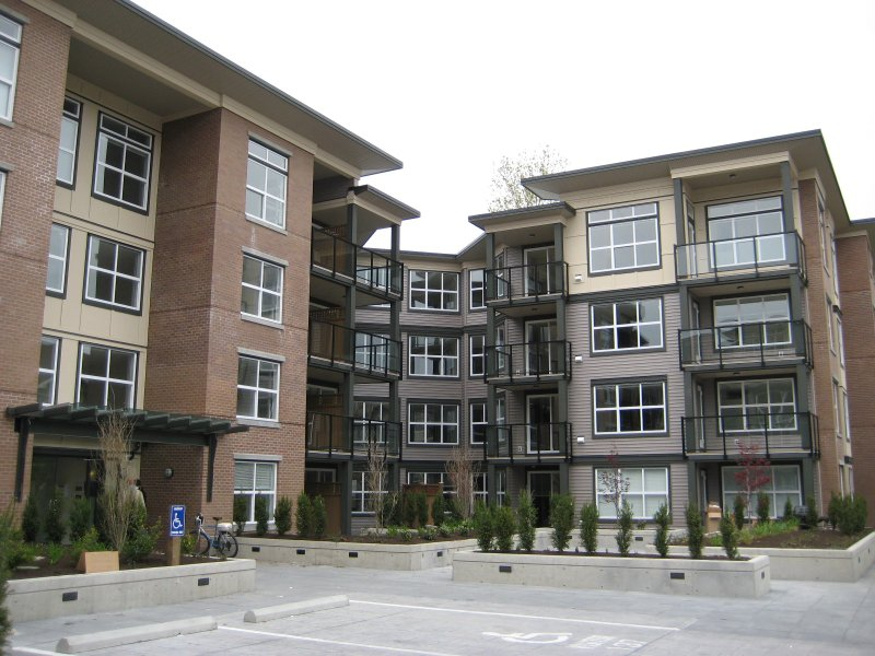 Main Photo: 416 10707 139th Street in Surrey: Condo for sale
