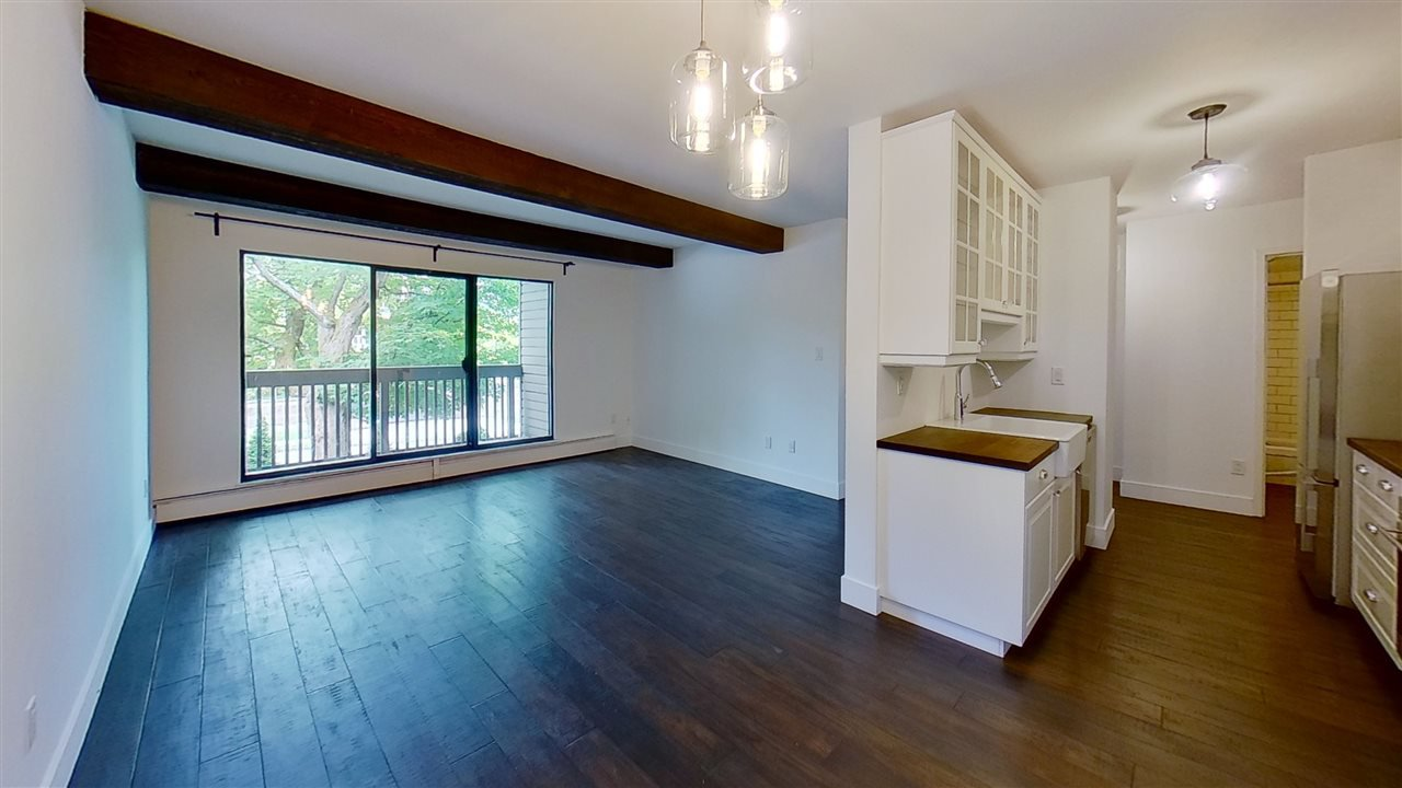 Main Photo: 207 3020 QUEBEC Street in Vancouver: Mount Pleasant VE Condo for sale (Vancouver East)  : MLS®# R2468398