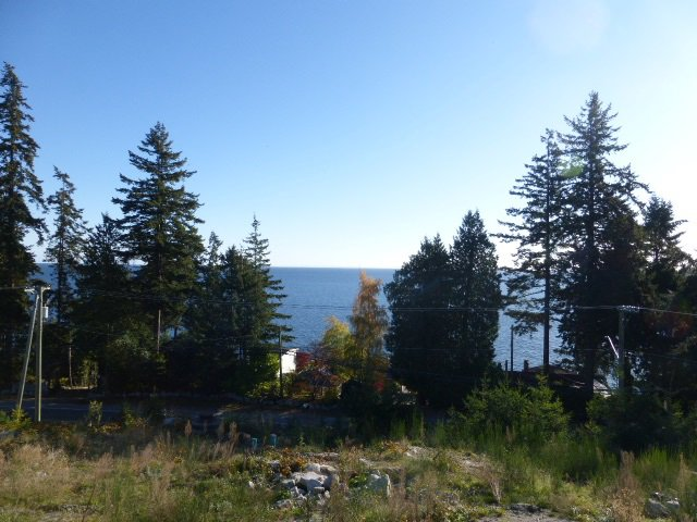 Photo 1: Photos: LOT B BARNACLE Place in Sechelt: Sechelt District Land for sale (Sunshine Coast)  : MLS®# R2515549