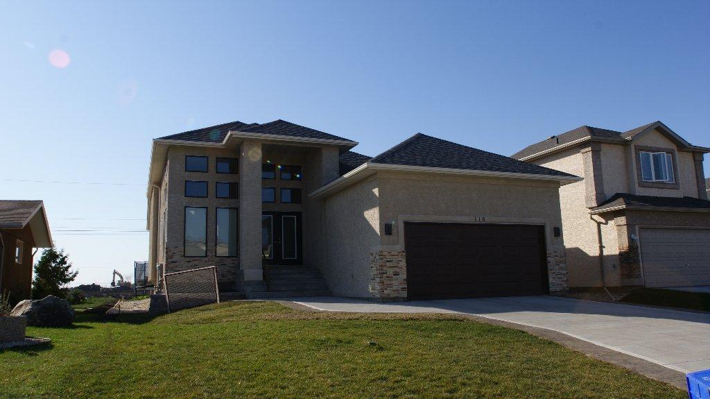 Main Photo: 7 James Way in Winnipeg: Anola / Dugald / Hazelridge / Oakbank / Vivian Residential for sale (North East Winnipeg)