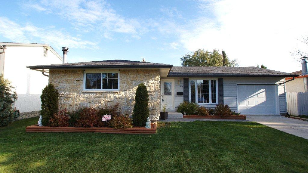 Main Photo: 70 Grover Hills Lane in Winnipeg: Windsor Park / Southdale / Island Lakes Residential for sale (South East Winnipeg)  : MLS®# 1121767